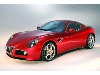 Alfa Romeo 8C Competizione: Krása vítězí